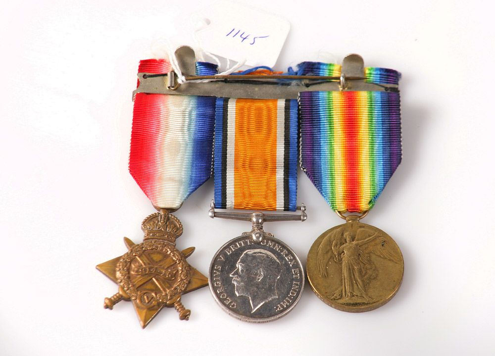 Military & Police Items Wanted