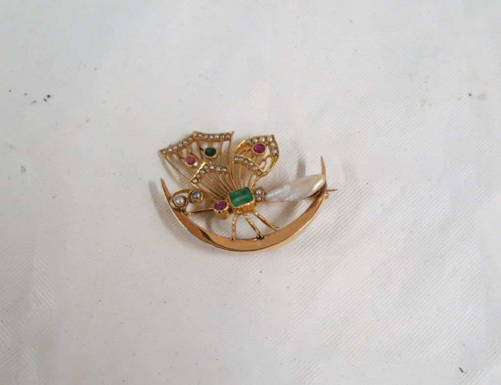Antique 18 Carat Gold Emerald, Ruby & Pearl Dragonfly Honeymoon Brooch - £340