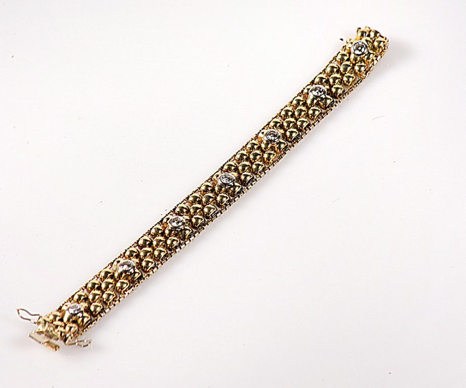 STUNNING 18 CARAT GOLD UNIQUE HAND MADE BRACELET WITH 3.5 CARAT OF DIAMONDS - £5,000