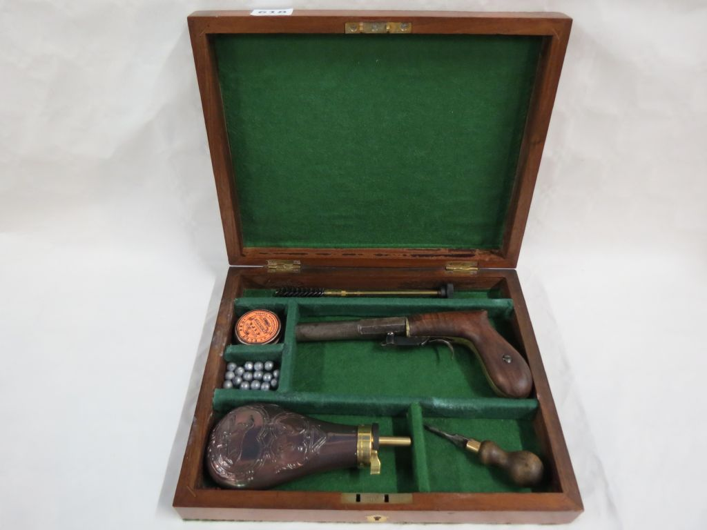 Rare Cased 0.40 Calibre Under Hammer Percussion Boot Pistol - £550