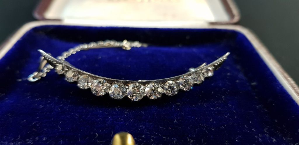 Victorian Platinum Set Crescent Brooch With Victorian Rose Cut Diamonds - £1000 + Fees