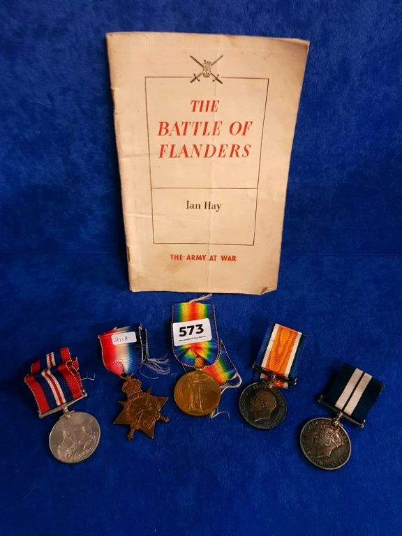 IMPORTANT SET OF MEDALS TO INCLUDE DSM - £2,000